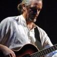 """Il bassista toscano chiama a raccolta una formazione variegata e dà alle stampe il nuovo album. Oltre la rigidità della musica """"colta"""" e i limiti del rock, passando attraverso l'immediatezza..."""