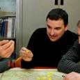 Venerdì 30 marzo al Viper Theatre di Firenze. Il trio emiliano presenta l'ultima fatica discografica. Supporter Il Geometra Mangoni. Lezioni d'Italiano 2012.