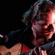Mercoledì 5 dicembre all'ExWide di Pisa. Apre la lezione-incontro dedicata a Django Reinhardt. Jazz manouche live insieme al chitarrista fiorentino e alla house band ExWide. Ingresso gratuito.