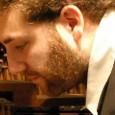 Mercoledì 9 gennaio, ExWide, Pisa. Il pianista jazz con Fabio di Tanno al contrabbasso e Vladimiro Carboni alla batteria. Presentazione Ep d'esordio, in attesa del primo album.