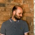 """Sabato 23 febbraio a Firenze. Unica data italiana per il producer di Manchester. Distese soniche e loop goticheggianti. In primo piano il nuovo album """"Luxury Problems"""". Supporter Clizia."""