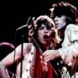 """Dei Rolling Stones sanno vita, morte e miracoli. Andrea """"Orla"""" Orlandini della Bandabardò e lo storico Luca Polese Remaggi presentano la """"loro"""" biografia sulle pietre rotolanti."""