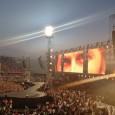 Jovanotti trionfa allo stadio Franchi di Firenze, nella notte dove anche la luna è gigante per non sfigurare nel suo ipertecnologico show. La recensione di Raffaella Galamini.   ...