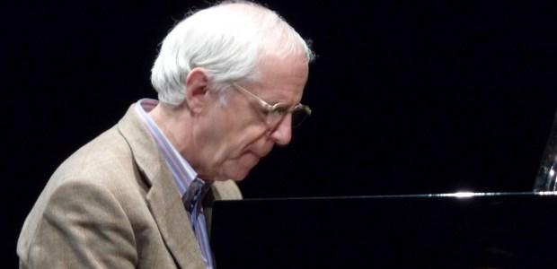 Giovedì 25 agosto, Teatro dei Differenti, Barga (Lucca). Dall'esordio con Gato Barbieri ai Perigeo, dal Modern Art Trio alle molteplici formazioni a suo nome. Concerto per piano solo