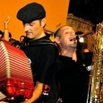 Giovedì 10 e venerdì 11 luglio, Cecina (Li). Incontri, laboratori e spettacoli. Ospiti musicali due scatenate Orkestar. E il folk barricadiero dei Modena City Ramblers. Ingresso gratuito.
