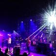 Gli Elbow chiudono in bellezza il tour europeo con un concerto alla Cavea di grande energia e soprattutto con molti colpi di scena. La recensione di Raffaella Galamini.