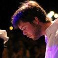 Sabato 11 ottobre, S. Stefano al Ponte, Firenze. Ex enfant-prodige. Miglior talento jazz 2013 per Musica Jazz. Il pianista fiorentino in versione solista. Ospite di Piano Jazz al Ponte.