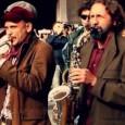 Sabato 27 dicembre, ExWide, Pisa. Standard e canzoni popolari, brani originali e insospettabili cover. Con tanti nomi noti del jazz italiano. Stavolta senza l'amico Rondelli. Biglietto 3 euro.