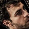 Sabato 28 febbraio, Teatro Margherita, Marcialla (Fi). Album votato all'elettronica. Live giocato sull'improvvisazione. L'ex enfant-prodige del contrabbasso presenta l'ultima fatica.