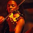 Da giovedì 26 a sabato 28 febbraio, Siena Jazz. ImproString con Mazz Swift (violino e viola), Tomeka Reid (violoncello) e Silvia Bolognesi (contrabbasso). Concerto serale venerdì 27.