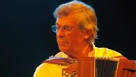 Giovedì 5 marzo, ore 21, Teatro Nuovo Sentiero, Firenze. Tre incontri a cura del musicologo Neri Pollastri. L'organettista toscano ripercorre tre decenni nel segno della canzone popolare. E oltre.
