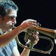 Sabato 11 luglio, Piazza Masaccio, San Giovanni Valdarno (Ar). Due trombe, trombone e tuba. Per spaziare dalla classica alla contemporanea, dal rock al folk. In chiave jazz. Biglietti 18/16 euro.