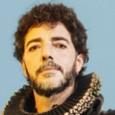 Giovedì 12 novembre (ore 18,30), Feltrinelli RED, Firenze. Pop e sperimentale. Archiviata l'avventuracon Silvestri e Fabi, il cantautore capitolino presenta il nuovo album. E il suo alter ego