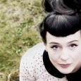 Sabato 23 aprile, ExWide, Pisa. La vocalist scozzese di stanza a Barga. L'exploit al talent e il ritorno alla sua musica: minimal pop soundscape. Tra reale e ideale