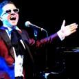 Lunedì 5 settembre, Il Fiorino sull'Arno, Firenze. Un musicista funambolo. Un concerto che è un vero spettacolo. Arriva l'Elton John italiano. Amatissimo all'estero. Ingresso gratuito